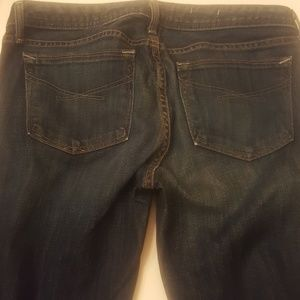 Gap Real Straight Jeans in Dark Rinse size 27/4a